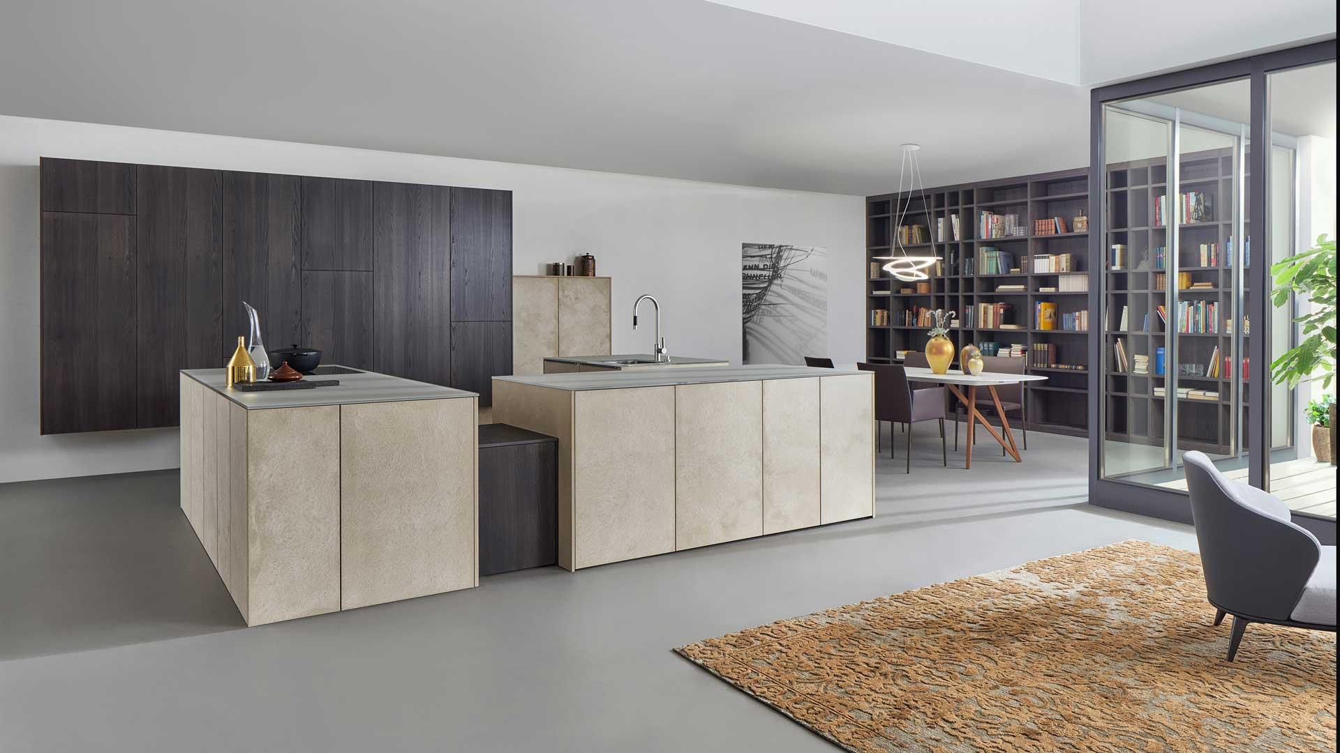 Leicht Küche Keramik und Holz bei Miele Center Ebner & Spuller in Graz