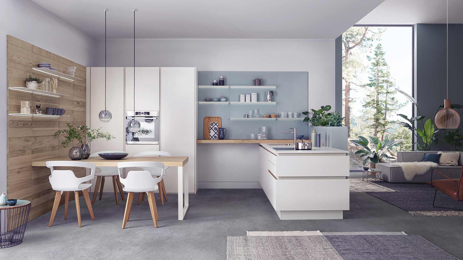 Grifflose Leicht Küche im Küchenstudio Ebner & Spuller in Graz